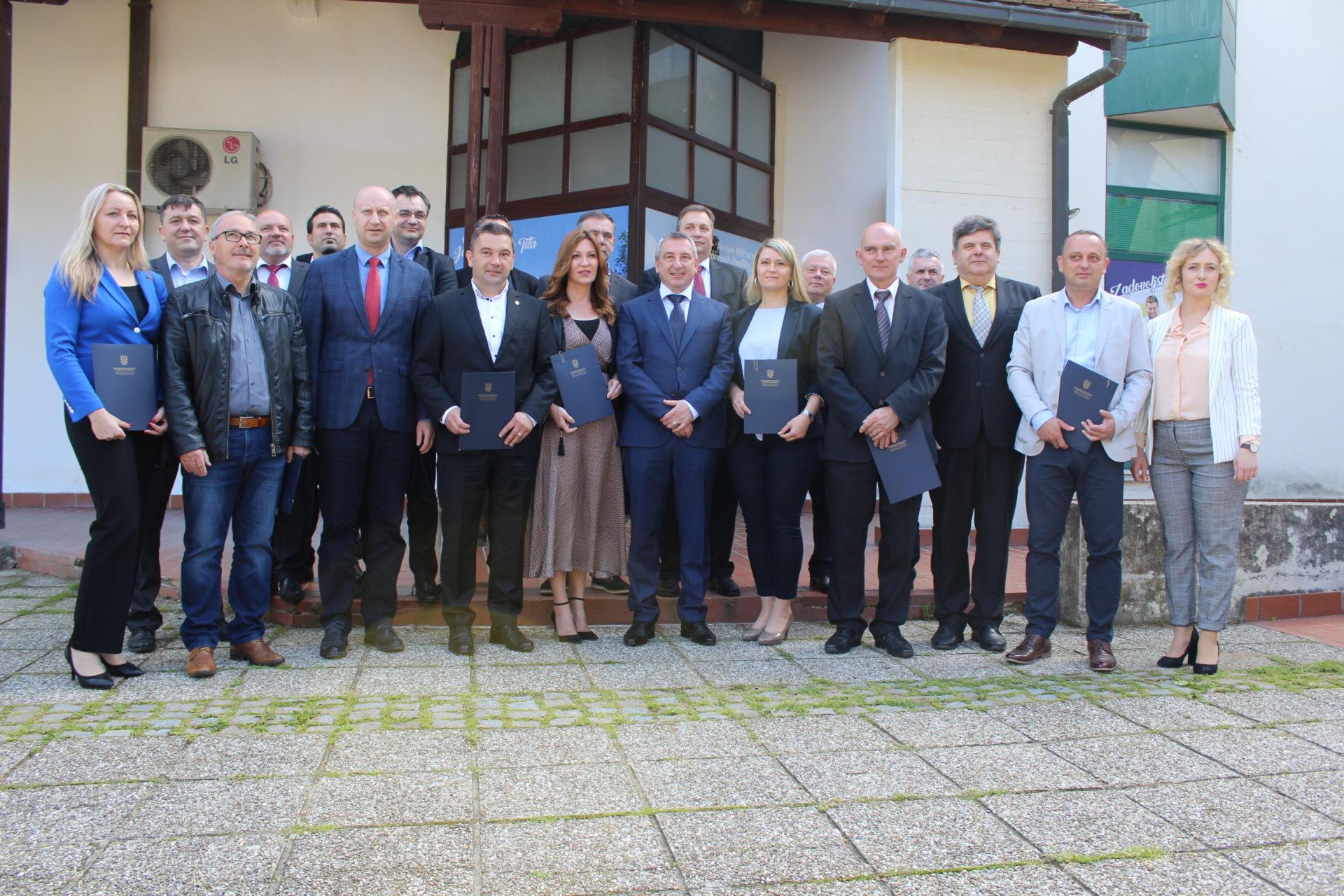 Zagorskim gradovima i općinama 2,9 milijuna kuna za komunalne projekte