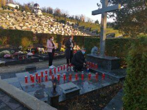 Članovi HNS-a KZŽ odali počast žrtvama Domovinskog rata